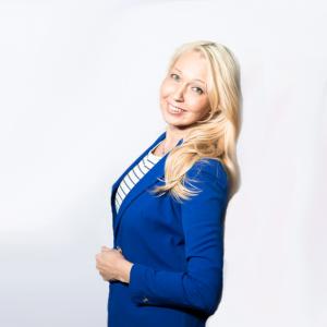 100 Solutions Oy on Katja Rasin perustama yritys, joka auttaa yrityksiä menestymään asiakasymmärryksen avulla.